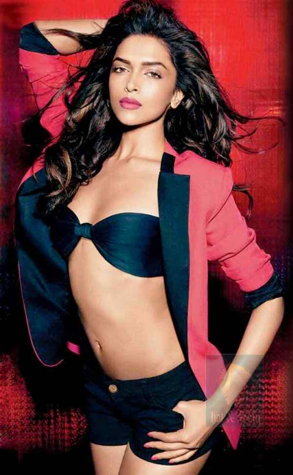 Deepika Padukone Nude Playing With IMAGE Pussy