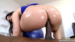 Oiled-up slut with a big ass Valentina Nappi destroyed by a black rod
