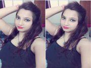 Hot Look Desi Girl Showing Her Big Boobs Part 1