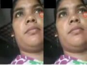 Horny Village Bhabhi Showing Her Pussy On Video Call