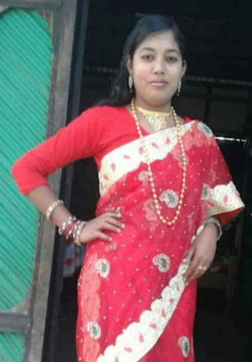 Desi Village Bhabhi Nude Pics Collection
