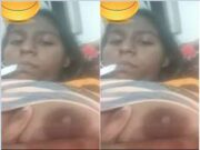 sexy Lankan Girl Showing Her boobs and Pussy On Video Call part 4