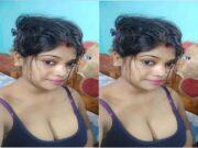 Sexy Desi Bhabhi Showing Her Big Boobs Part 3