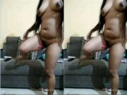Sexy Desi Girl Nude Dance in Live Show