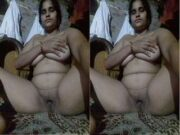 Desi Village Bhabhi Showing her Boobs and Pussy Part 19