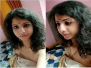 Sexy Tamil Girl Record Selfie For Lover