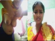 Desi Village Girl Showing Her Boobs and Pussy