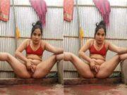 Desi Village Girl Fingering Part 1