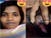 Cute Desi Girl Fingerring Part 1
