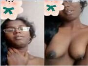 Tamil Girl Showing Her Boobs