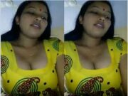 Desi Bhabhi Blowjob and Ridding Dick