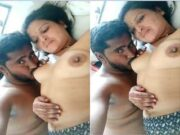 Sexy Desi Bhabhi Boob sucking By Dewar
