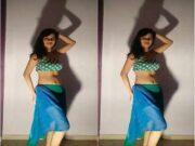 Hot Desi Girl Belly Dance