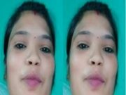 Desi Wife Give Handjob