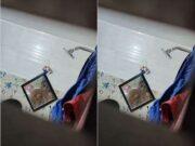 Sali Bathing Record In Hidden Cam part 2