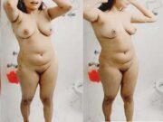 Sexy Figure Desi Wife Bathing