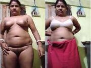 Desi Bhabhi Showing Her Boobs and Pussy Part 5
