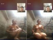 Desi Bhabhi Showing Bathing to Lover On Video Call