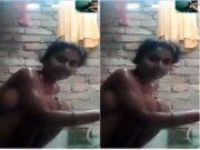 Desi Village Girl Bathing