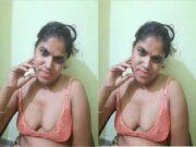 Horny Bhabhi Showing Her Boobs and Masturbating Part 2