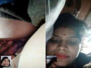 Today Exclusive- Bhabhi Showing Her Boobs and Pussy On Video Call