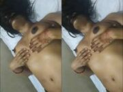 Today Exclusive- Desi Girl Pressing Her Boobs